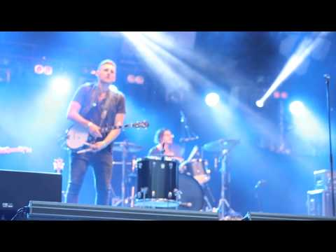 American Authors - Hit It (MALMÖFESTIVALEN) (Live in Sweden,19-08-14)
