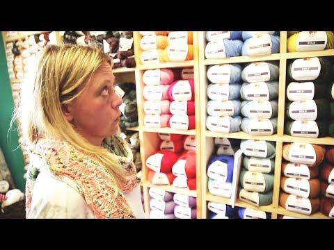 Knitter detained at U.S. border amid visa confusion