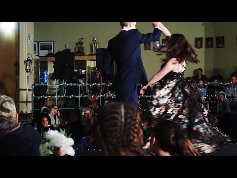 prom-dress-fashion-show-|-grad-2020