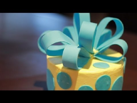 How To Make Cake Decorations With Fondant Icing