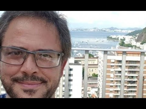 Brazilian IT worker stuns entire town with opera song