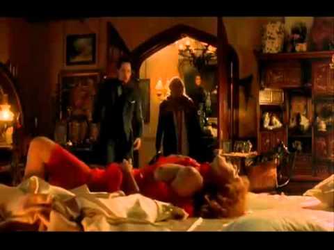Bram Stokers Dracula  (1992) Dracula Bites Lucy Again