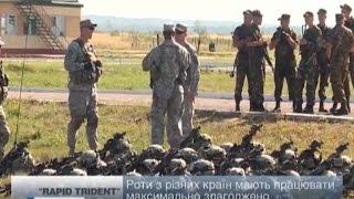 Украина.Львов.Порошенко принимает американский десант.