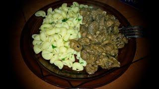 #КУХНЯ - Шампиньоны тушеные с кабачком плюс макароны с зеленью. Просто! Быстро! Вкусно!