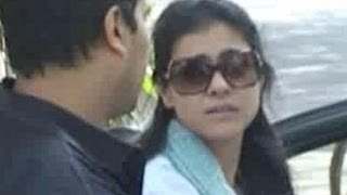 Kajol, bappi lahiri at joy mukherjee's funeral