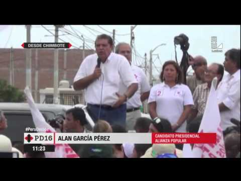 Alan García molesto por triste mitin en Chimbote