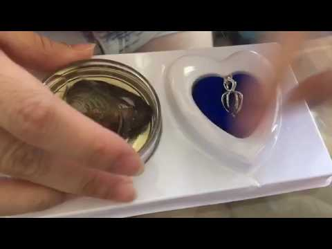 Unboxing Make A Wish Necklace (with a surprise PEARL inside!!)