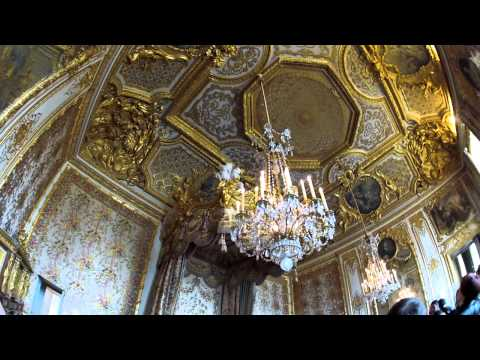 Palace of Versailles, Queens chamber