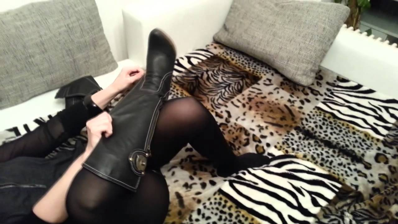 black-pantyhose-boots-and-legs-show-nylon-nylon-sex-pantyhose-for