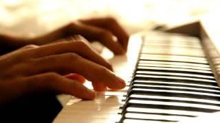 عزف بيانو طاهر جعفر معزوفة آمواج البحر من الحان طاهر insagram: @taherjaffer