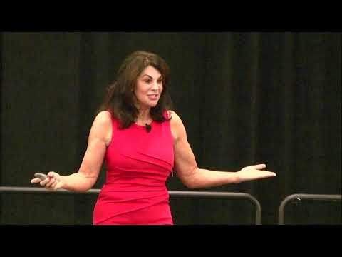 Holly Speaks at National Association of Realtors Expo