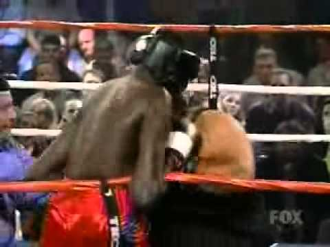 Manute Bol vs. Refrigerator Perry - Celebrity Boxing - YouTube