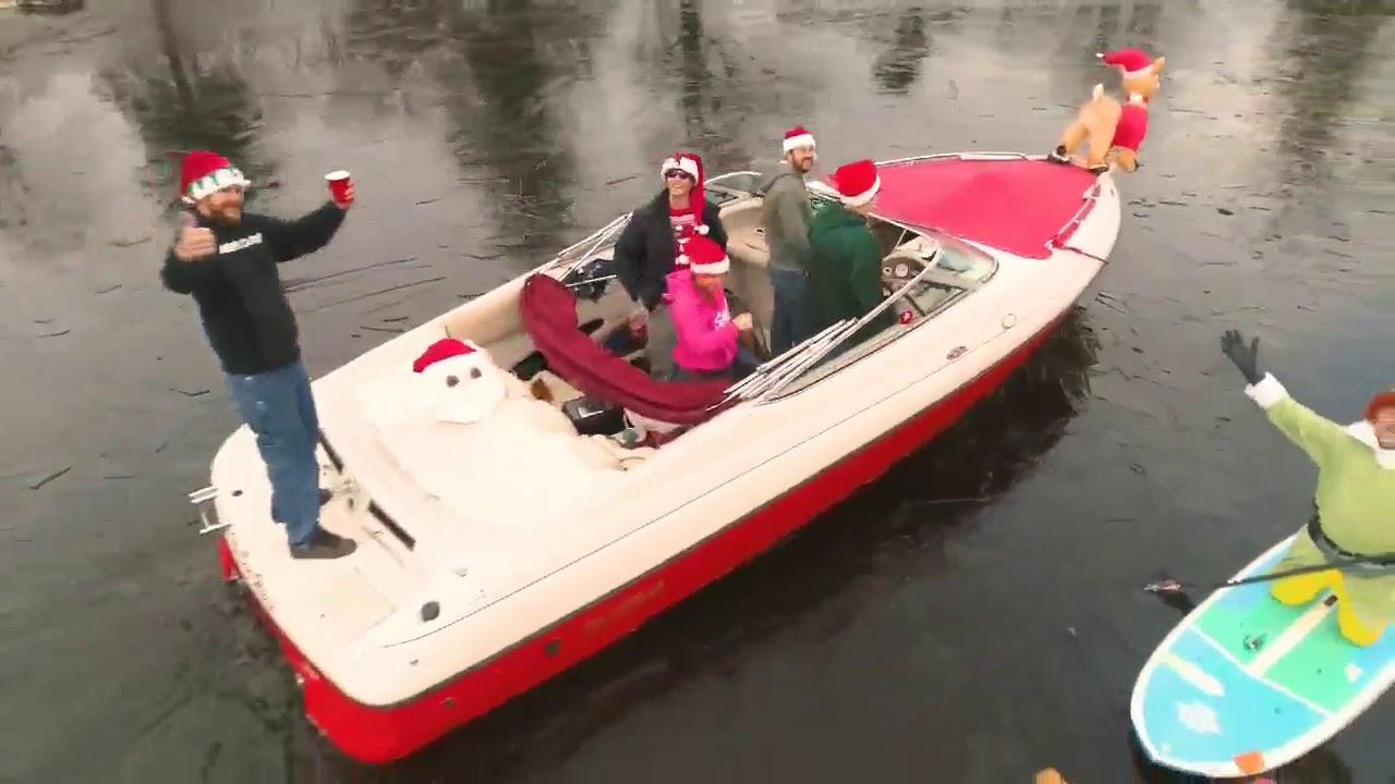 Santapalooza Santa Paddle 2018 from Jersey Paddleboards