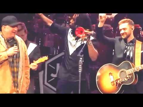 Garth Brooks with Justin Timberlake - Friends in low places live in Nashville Video