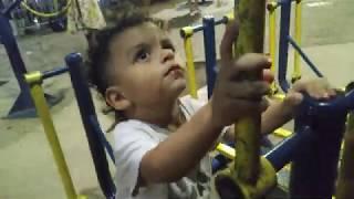 BRINCADEIRA NO PARQUINHO VIDEO PARA CRIANÇA Música infantojuvenil musiquinha de criança Academia