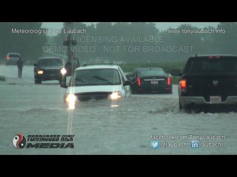 08/13/2016 Tamaroa, IL - Flash Flood Shuts Down US-51