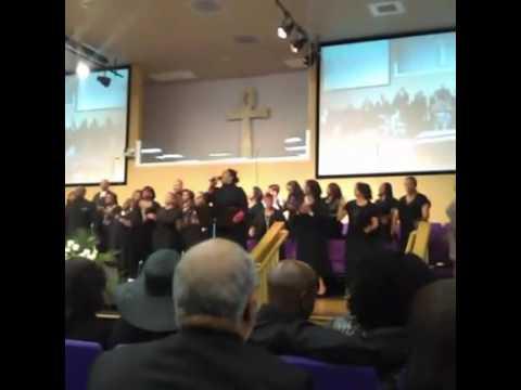Rhonda Jones Singing Jesus Will