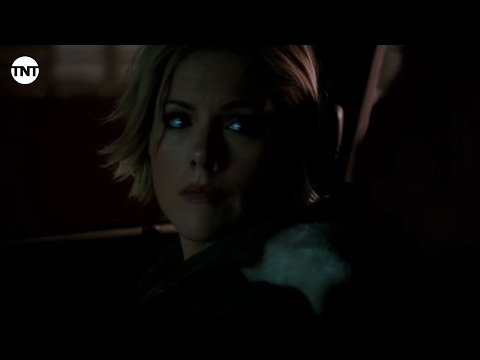 Hildy and Terry Talk in the Car I Murder in the First I TNT