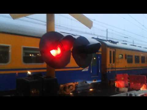 Perlintasan Kereta Api Kapten Muslihat Revisited: KA Pangrango Masuk Stasiun Bogor