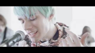 "Waterparks ""Royal"" (Official Music Video)"