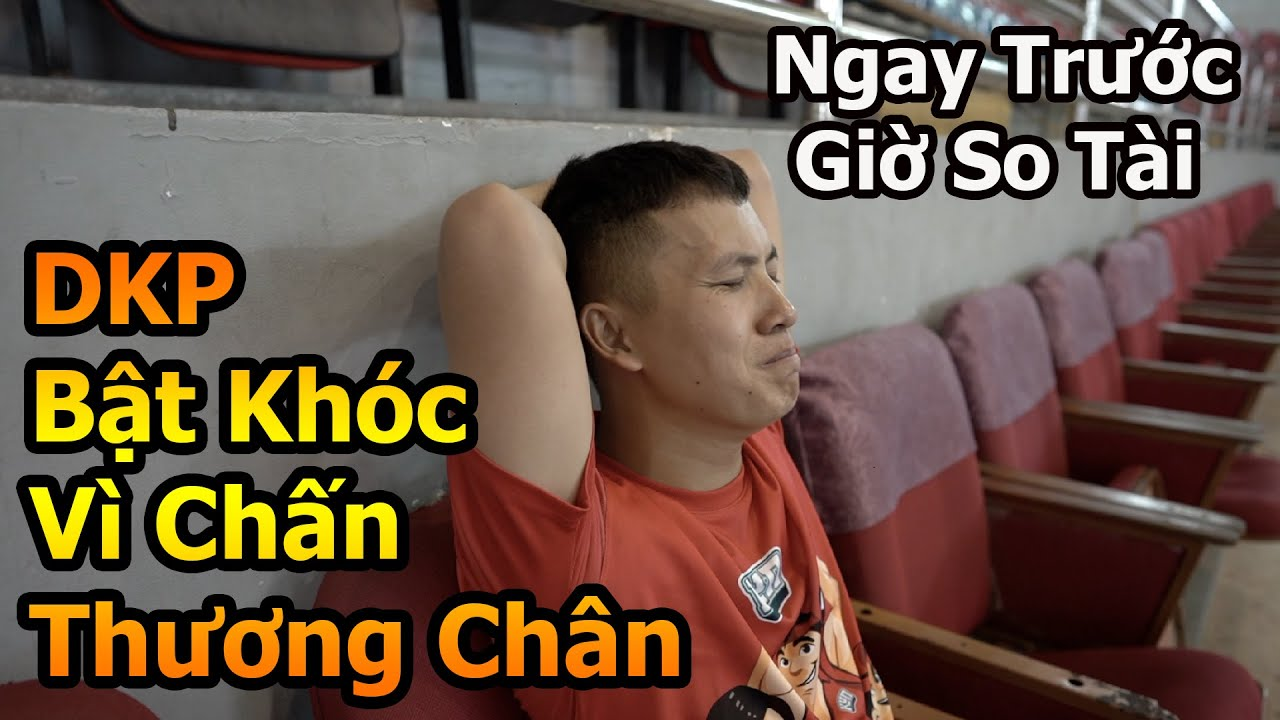 Đỗ Kim Phúc trổ tài bóng đá tại Phú Thọ so tài 2 siêu sao ĐT Việt Nam với trái bóng chị Thơ Nguyễn