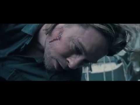 WORLD WAR Z [2013] Scene: After The Crash.