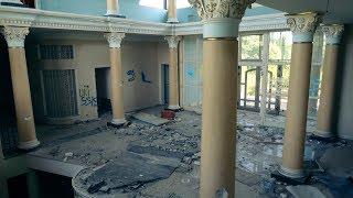 Opuszczona willa mafii narkotykowej/Abandoned drug dealers mansion | Urbex