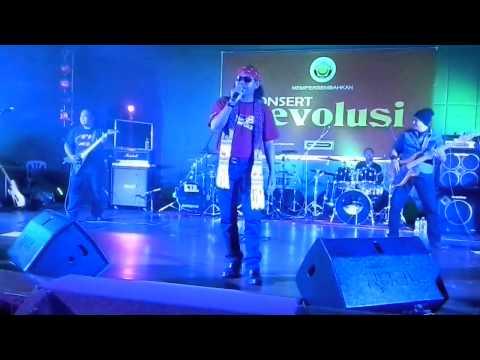 Graviti kasih dirundung mega konsert evolusi kuala lipis 2014