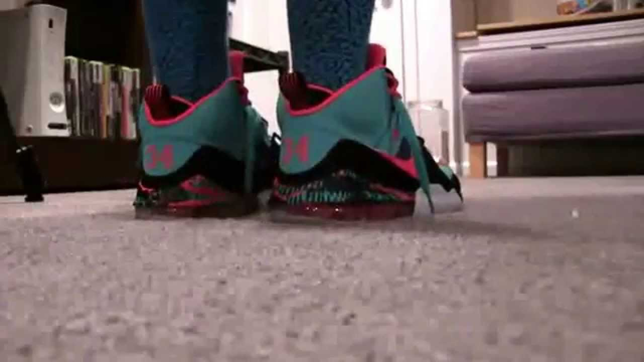 682142d41f Nike Bo Jackson South Beach On Foot Review - YouTube