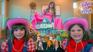 Princess Lollipop GIVES Kate and Lilly Playmobil Dreamworks Spirit Riding Free TOYS!!