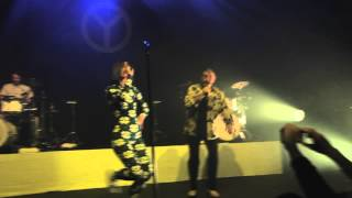 Yelle en duo avec Richard Gotainer - Extrait le Sampa - La Cigale, Paris