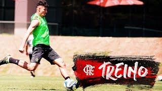 Flamengo treina visando a partida contra o Americano
