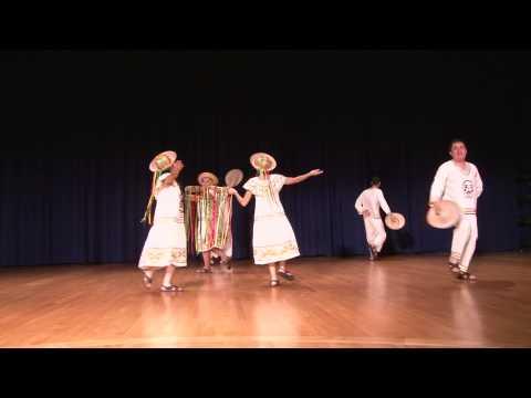 FOLKLORE BOLIVIANO - CHOVENA CHIQUITANA EN EL FESTIVAL BOLIVIANO