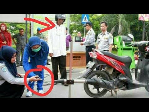 Test emisi gas buang  N MAX --  gas analyser (Test the Yamaha N MAX using a gas analyzer)