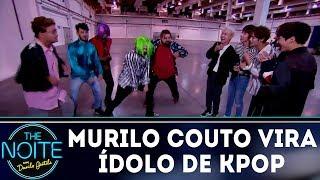 Murilo Couto vira ídolo de kpop | The Noite (16/11/18)