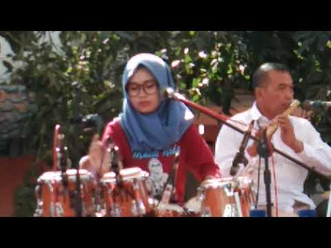 Ya Habibal Qolbi - Mutik Nida