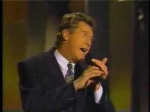 Michael Crawford - Tell Me on a Sunday [Johnny Carson Show]