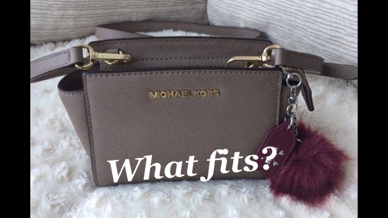 40e70610a3d2 What Fits? | Michael Kors Selma Mini Crossbody Bag - YouTube