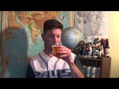 Louisiana Beer Reviews: Blue Moon Golden Knot