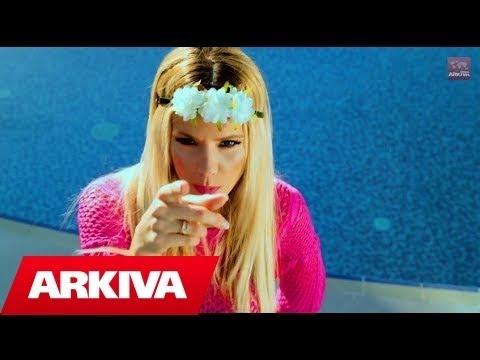 Aferdita Dreshaj - Mos rri larg (Official Video HD)