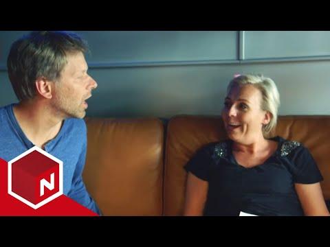 Linn prøver å snakke som Asbjørn Brekke