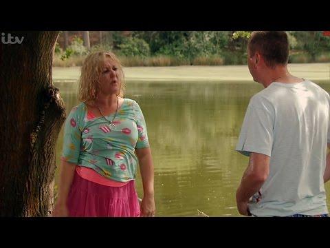Coronation Street - Kirk & Beth Go Skinny Dipping
