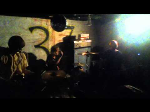 Brain Waste - full set @ Club 37