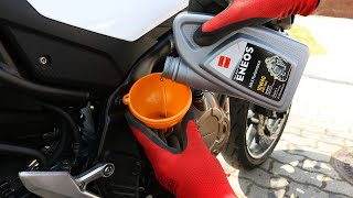 Honda CB500F - Oil and Oil Filter Change