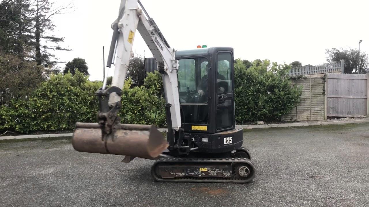 2015 Bobcat E25 Mini Excavator