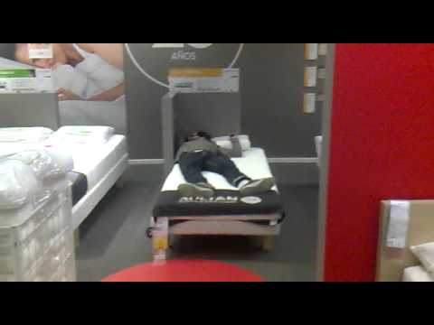 Paisano durmiendo en el ikea sevilla youtube - Ikea de sevilla ...