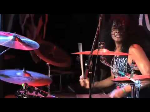 Escape The Fate This War Is Ours Live (HQ)