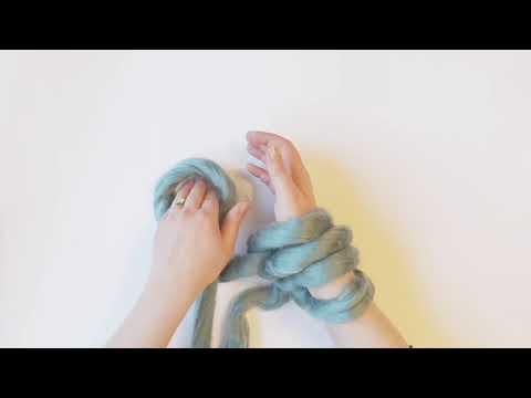 A very simple Arm Knitting cast on method