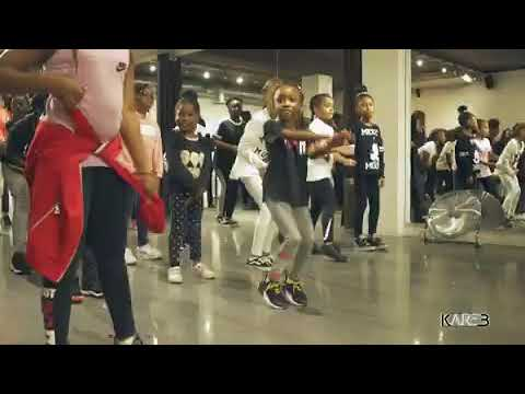 PETIT AFRO PRESENTS - Angel, Lyka King And Her Friends || AFRO DANCE KIDS thumbnail