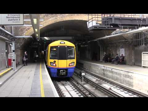 London Overground trains - Whitechapel Station